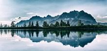 山峰旅拍唯美风景精美图片