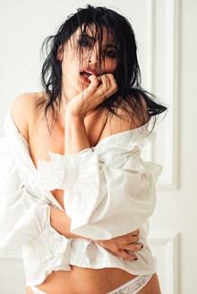 大胆美人人体艺术图片