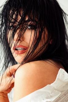 美艳香肩美女人体摄影精美图片