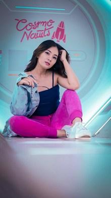 亚洲年轻美女图片