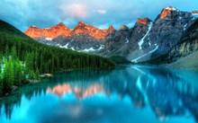 湖泊山脉景观高清图