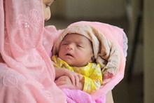 宝宝刚出生的图片素材
