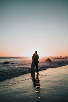 海边非主流情侣背影图片大全