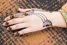 手掌背纹身图案精美图片