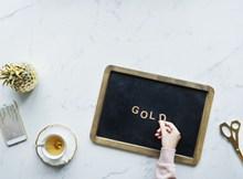 金色镶边小黑板精美图片