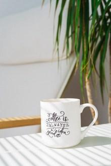 白色咖啡杯图片素材