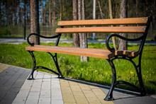 公园长凳子高清图