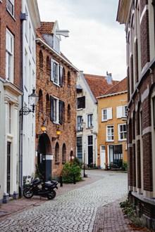 欧洲小镇街景高清图