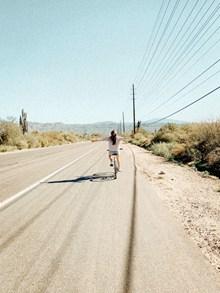 单车旅行高清图片