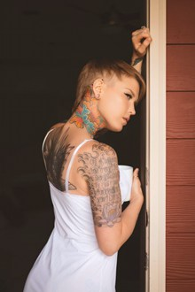 好看美女人体艺术摄影图片