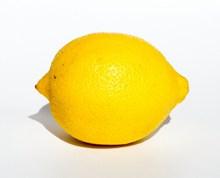 一颗黄柠檬水果图片