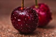 诱人樱桃水果图片下载