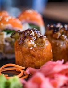 美味油炸寿司卷图片素材