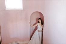 法式文艺风美女婚纱高清图