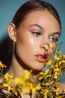 欧洲时尚美女人像艺术摄影图片