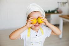 萌娃小厨师图片下载
