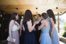 婚礼现场伴娘团图片素材