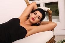 欧美成年美少妇人体艺术摄影精美图片