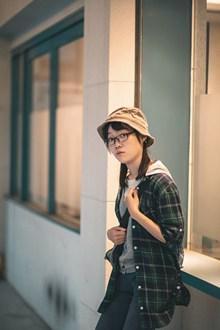 日本大学生美女图片下载