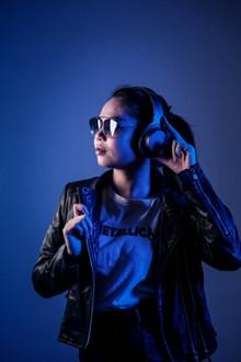 亚洲DJ美女图片大全