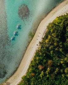 度假海岛俯视图图片下载