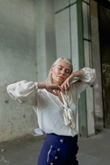 欧美风熟女人体写真图片素材