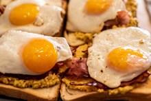 美味煎荷包蛋高清图片