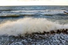 海洋海浪大浪高清图