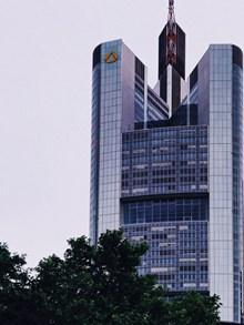 德国商业银行大厦建筑高清图片