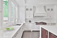 白色厨房装修效果图高清图片