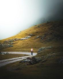 野外徒步探险精美图片