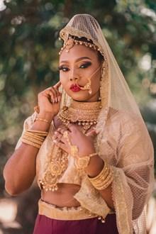 印度新娘婚纱图片素材