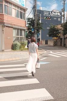 街拍亚洲美女背影精美图片