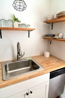 厨房水槽一角高清图
