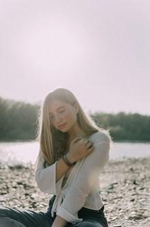 俄罗斯美女户外写真精美图片