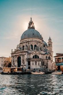威尼斯安康圣母教堂高清图