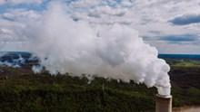 烟囱烟雾高清图片