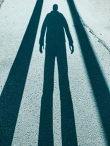 阳光下的影子高清图片