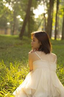 成人日系美女西西人体图片素材