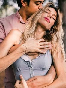 欧美激情浪漫情侣图片下载