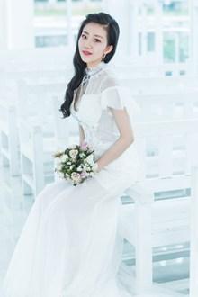 日韩美女婚纱照图片素材