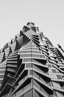 个性几何螺旋建筑图片