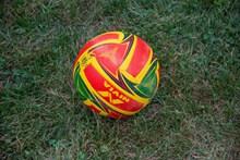 彩色足球素材高清图片