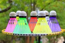 彩色羽毛球高清图片