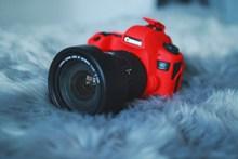红色智能相机高清图