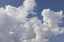 天空白云云团图片素材