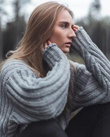 冬季侧颜美女高清图