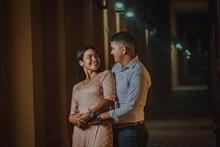 午夜街头情侣图片下载