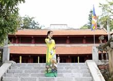 中国旗袍风美女写真图片素材
