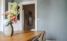 餐桌插花高清图片
